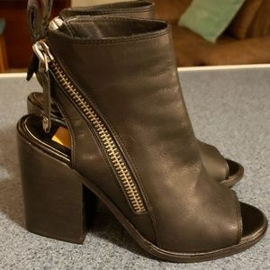 Dolce Vita Toeless Zippered Booties